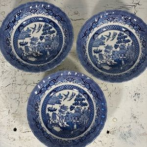 3 Royal Wessex Willow Blue Coupe Cereal Bowls